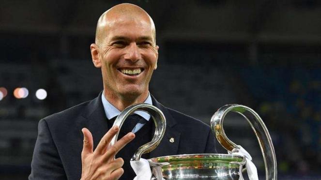 Zinedine Zidane kembali menangani Real Madrid