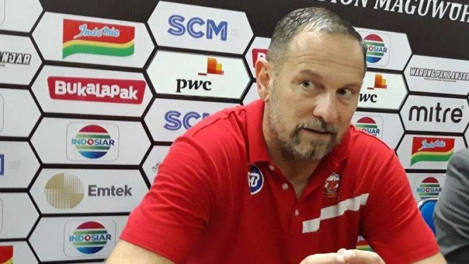 Pelatih Madura United, Dejan Antonic