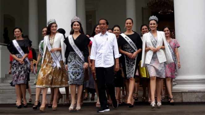 Pemenang dan finalis Putri Indonesia 2019 dan Miss Universe 2018 di Istana Bogor