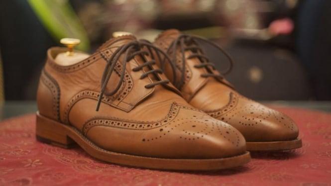 Ilustrasi sepatu kulit