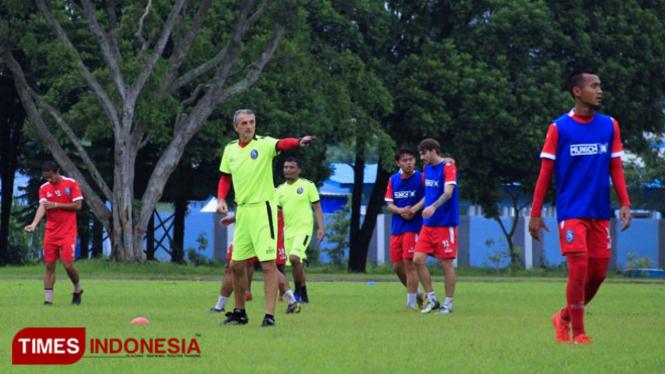 Arema FC saat menjalani prosesi latihan. (FOTO: Dok. TIMES Indonesia)