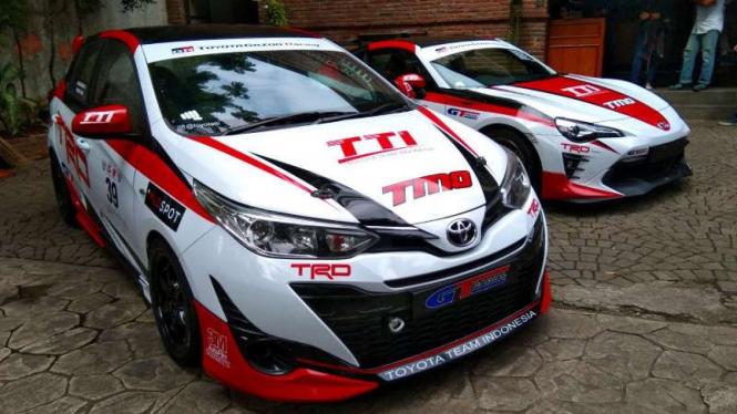 Mobil balap Toyota Team Indonesia