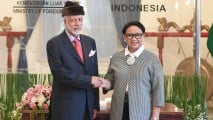 https://thumb.viva.co.id/media/frontend/thumbs3/2019/03/14/5c8a0e08447c8-kerjasama-bilateral-indonesia-oman_213_120.jpg