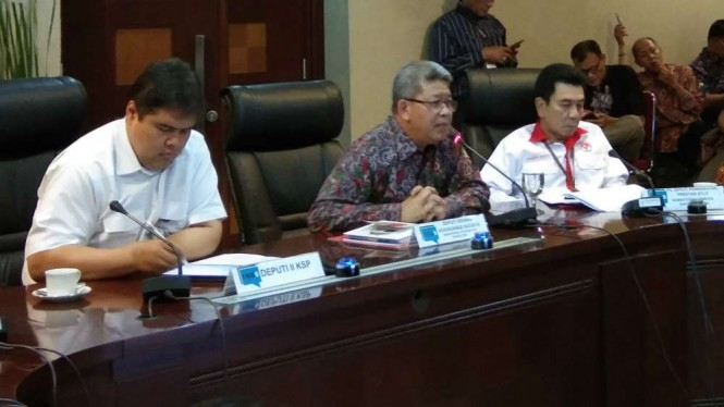 Deputi Bidang Koordinasi Kebudayaan Kemenko PMK, Nyoman Shuida (tengah).