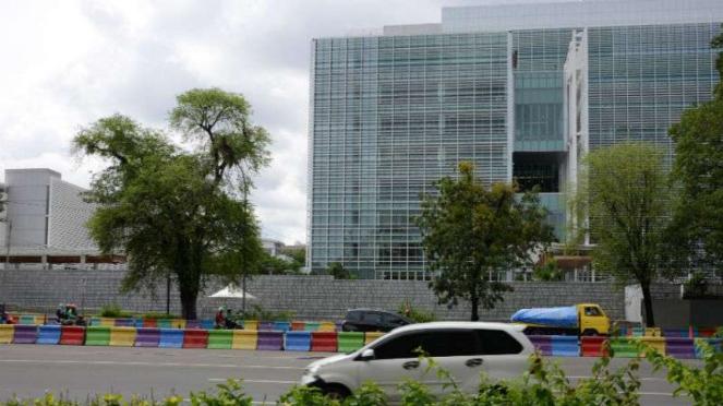 Tampak depan gedung baru Kedubes AS di Jakarta