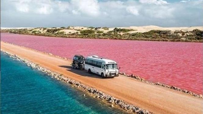 Danau MacDonnel Australia