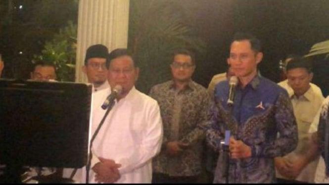 Capres nomor urut 02 Prabowo Subianto bertemu Agus Harimurti Yudhoyono