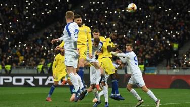 Pertandingan Dynamo Kiev vs Chelsea