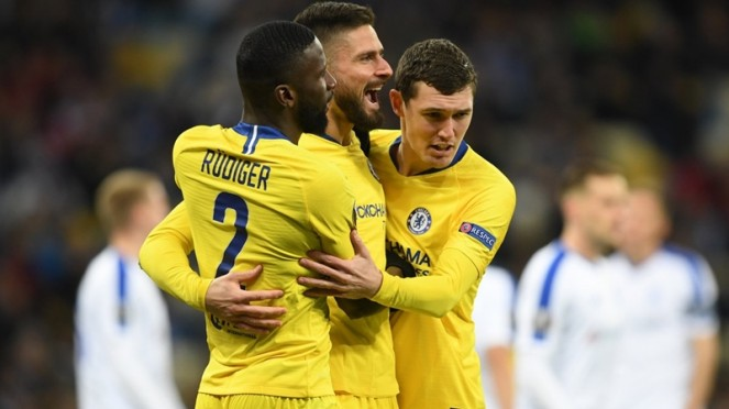Striker Chelsea, Olivier Giroud mencetak hattrick ke gawang Dynamo Kiev