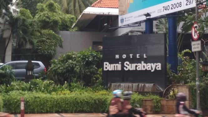 Hotel Bumi tempat Ketua Umum PPP Romahurmuziy ditangkap KPK di Surabaya, Jawa Timur, pada Jumat, 15 Maret 2019.