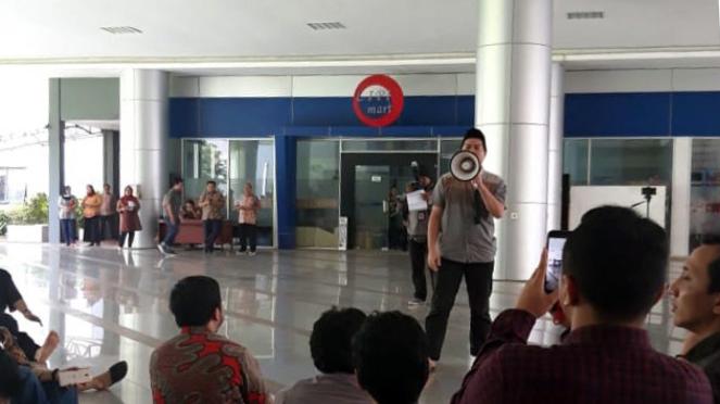 Sorot Demo Peneliti LIPI.