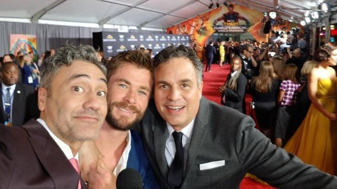 Taika Waititi, Chris Hemsworth, Mark Ruffalo