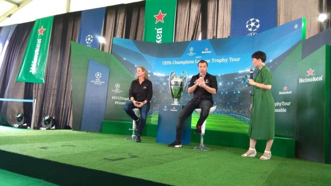 Trofi Liga Champions dibawa ke Bali oleh legenda Juventus, Alessandro Del Piero