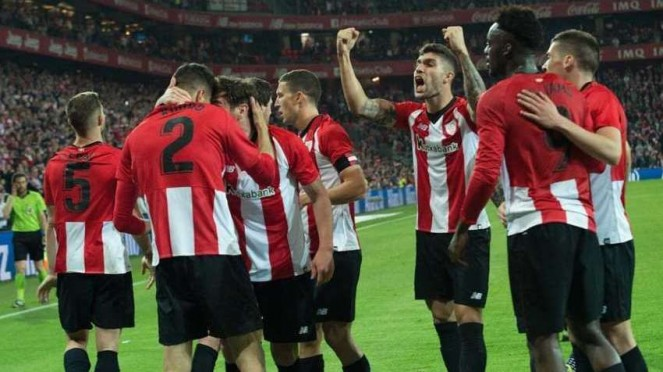 Athletic Bilbao merayakan kemenangan