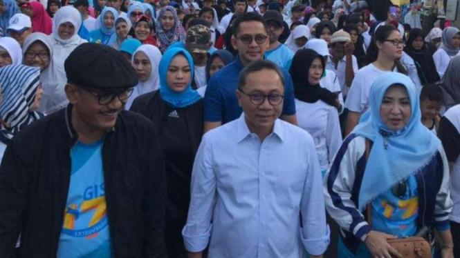 Ketua Umum PAN Zulkifli Hasan hadiri gerak jalan di Condet, Jaktim
