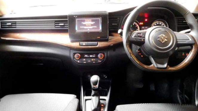 Interior Suzuki Ertiga Sport