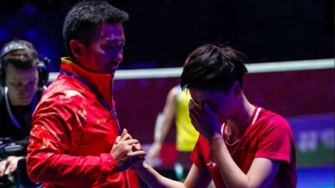 Ratu Asia Dilibas Juara All England di Semifinal BWF World Tour Finals
