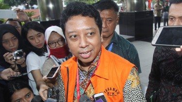 Mantan Ketua Umum Partai Persatuan Pembangunan, M. Romahurmuziy, jadi tersangka kasus dugaan suap jual beli jabatan di Kementerian Agama.