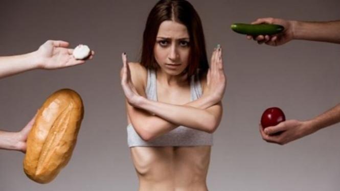 Pengidap anoreksia.