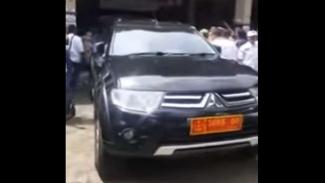 Mobil berpelat dinas TNI di acara kampanye Prabowo-Sandi di Bogor
