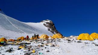 Jasad pendaki dikatakan muncul di Camp 4 terutama karena tanahnya yang rata - DOMA SHERPA