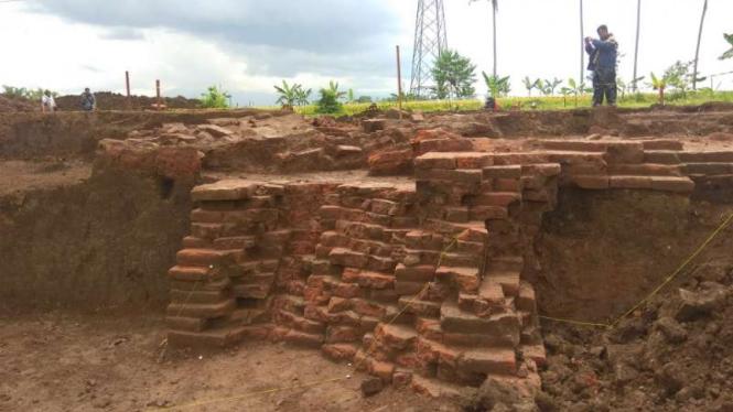 Situs Sekarang di area proyek jalan tol Malang-Pandaan di Kabupaten Malang, Jawa Timur, setelah dieskavasi sementara oleh tim arkeolog BPCB Trowulan.