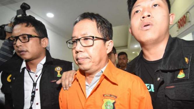 Eks Plt Ketua Umum PSSI, Joko Driyono, ditahan polisi.