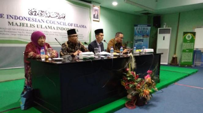 Komisi Fatwa MUI menjelaskan hasil rapat soal game PUBG