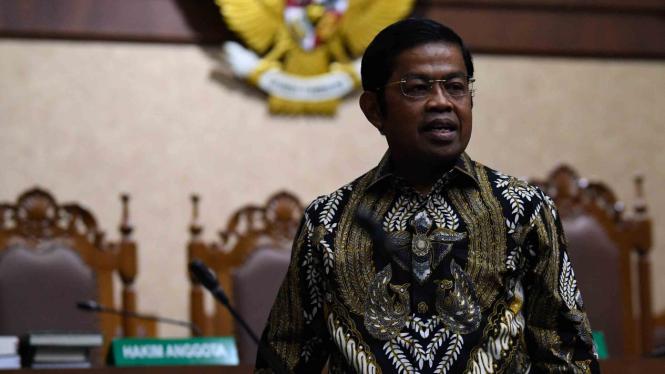 Terdakwa kasus dugaan suap proyek PLTU Riau-1 Idrus Marham.