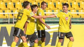 Pemain Kaya FC merayakan gol.