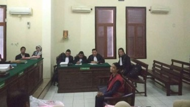 Vanessa Angel bersaksi di PN Surabaya, Jawa Timur,  Senin, 1 April 2019.