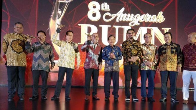 Pelindo IV raih Anugerah BUMN 2019.