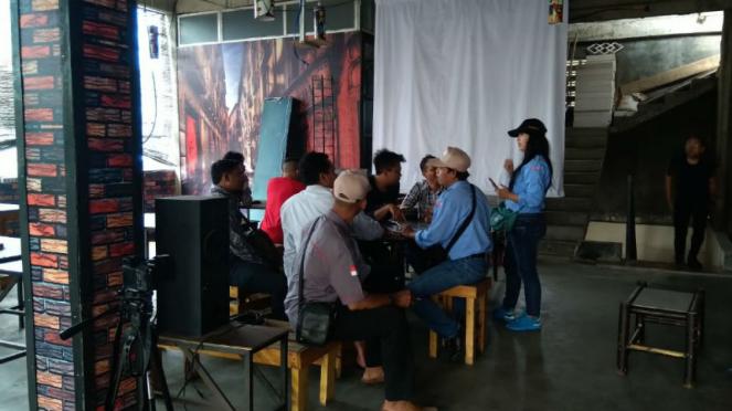 Acara bedah buku Prabowo-Sandiaga dibubarkan polisi