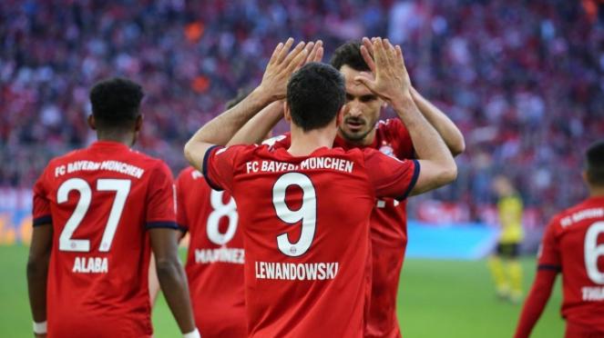 Bayern Munich merayakan gol