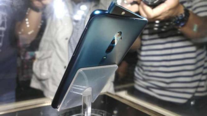 Smartphone Oppo Reno.