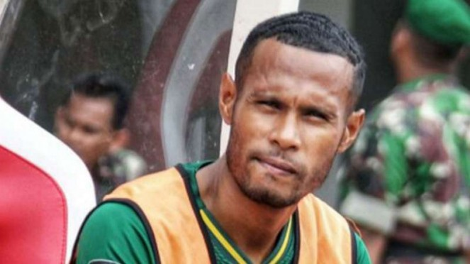 Bek Bhayangkara FC, Ruben Sanadi.