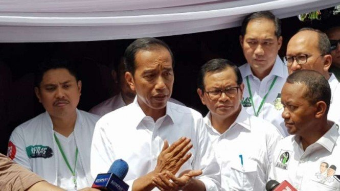 Presiden Jokowi saat bicara di Sentul, Bogor, Jumat, 12 April 2019.