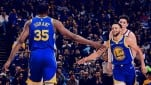 Dua bintang Golden State Warriors, Kevin Durant dan Stephen Curry
