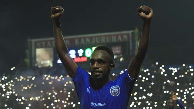 Winger Arema FC, Ricky Kayame