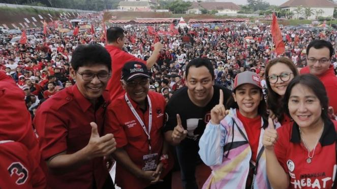 Kampanye PDI Perjuangan di Semarang, Sabtu (13/4).