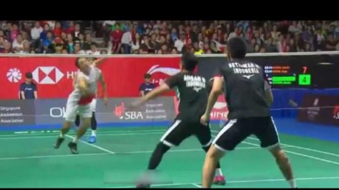 Mohammad Ahsan/Hendra Setiawan vs Takeshi/Keigo di final Singapore Open 2019.