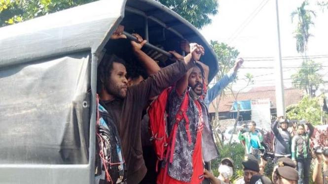 Mahasiswa Papua di Bali diamankan Polisi