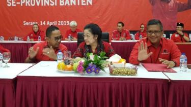 Megawati gelar konsolidasi dengan kader PDIP di Banten, Senin, 15 April 2019.