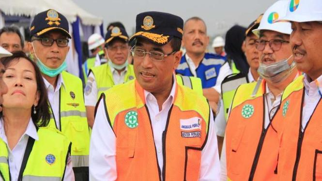 Menteri Perhubungan Budi Karya Sumadi di Bandara Soekarno-Hatta