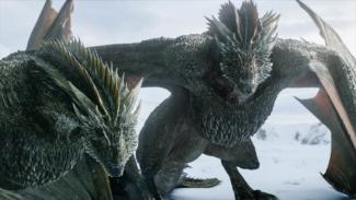 2 naga Daenerys Targaryen, Drogon dan Rhaegal di Game of Thrones Season 8.