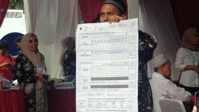 Hasil penghitungan suara di TPS 62, tempat Megawati mencoblos.