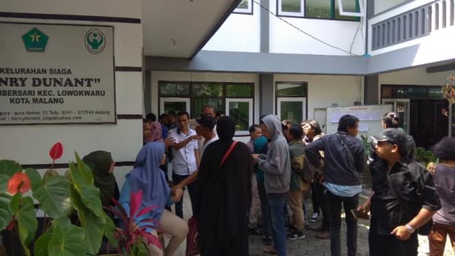 Suasana ketegangan di Kantor Kelurahan Sumbersari, Lowokwaru, Malang, Jawa Timur