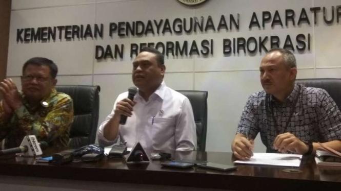 Menteri PANRB, Syafruddin.