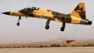 Jet tempur Iran Kowsar.