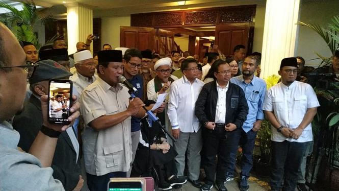 Konferensi pers Prabowo-Sandi deklarasi kemenangan Pilpres 2019